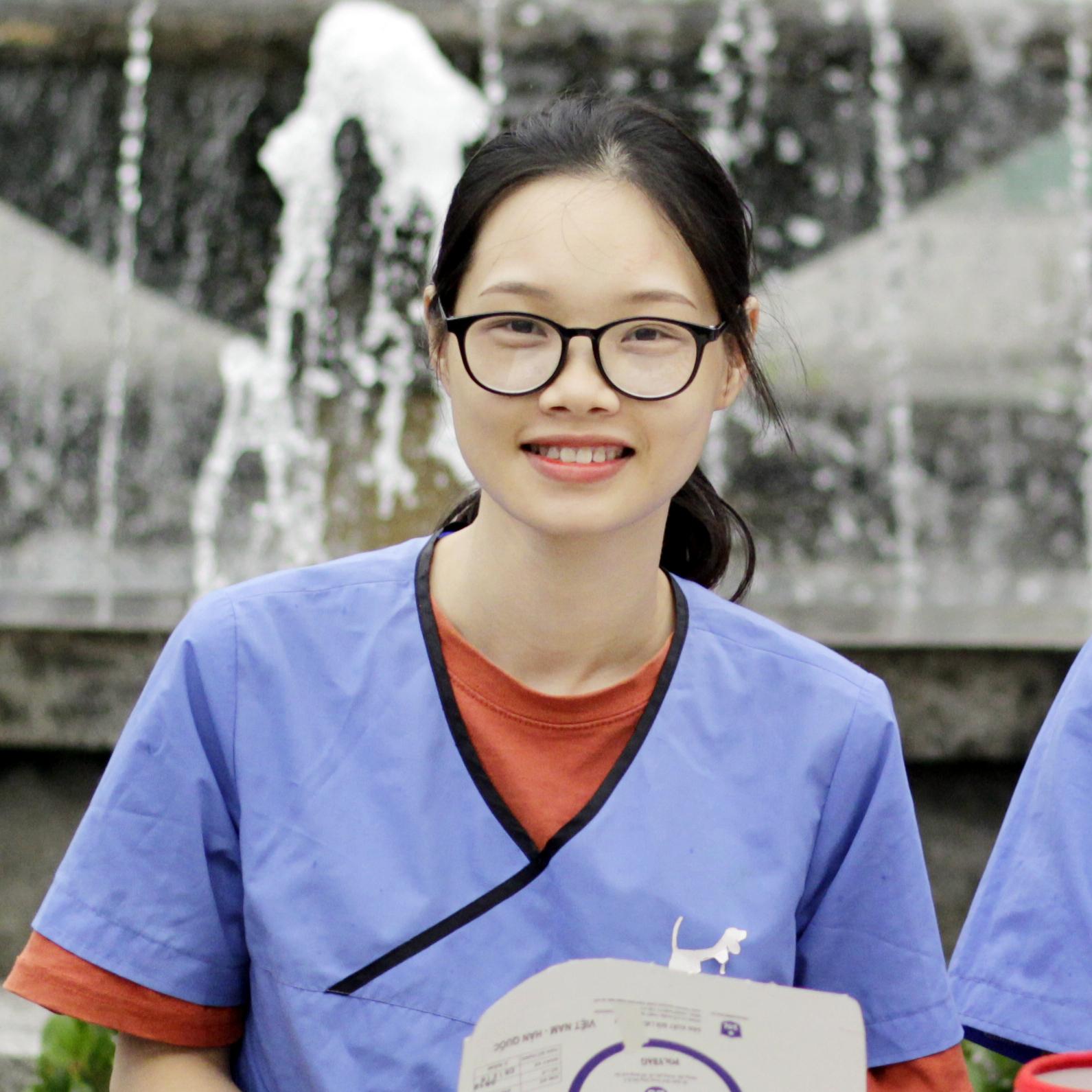 Ms. Ngọc Linh